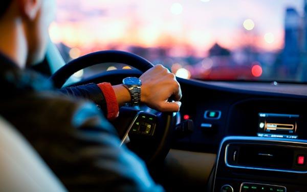servicios en vehículos y sus accesorios