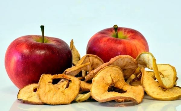 manzana seca o deshidratada.